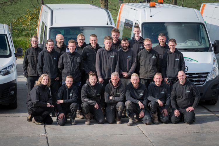 Het team van Hendrickx Hovenier, inmiddels is het alweer iets gegroeid