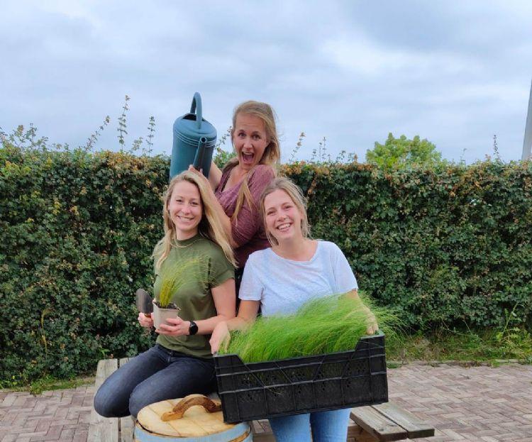 Ryanne Sietzema, Linda Butzelaar en Esmée Milan Bezema