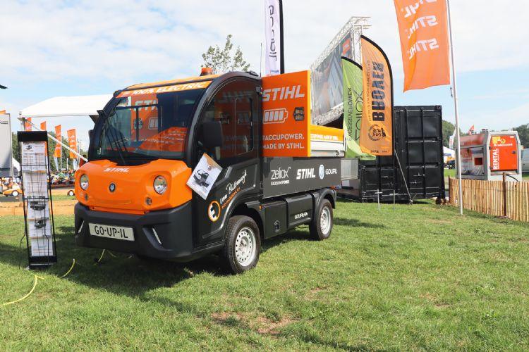 Onder andere een 100% elektrische Goupil G4 werd door Goupil importeur Van Blitterswijk Eco-Mobiliteit, Stihl en Brover (om)gebouwd