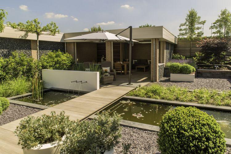 Aanleg moderne loungetuin