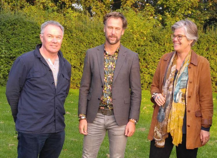 Gary Graham (showmanager Bloom in the Park), Frits Hoogers (projectleider Gardenista) en Wilma Walenberg (landelijk bestuurslid KMTP/Groei & Bloei)