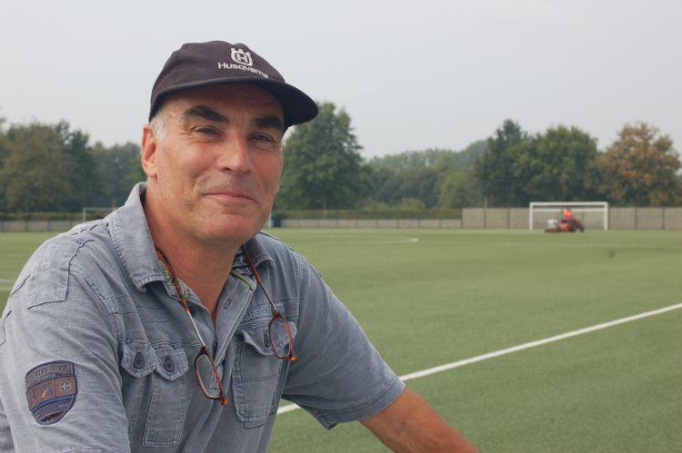 Anton Derks, vakopzichter sportvelden gemeente Nijmegen