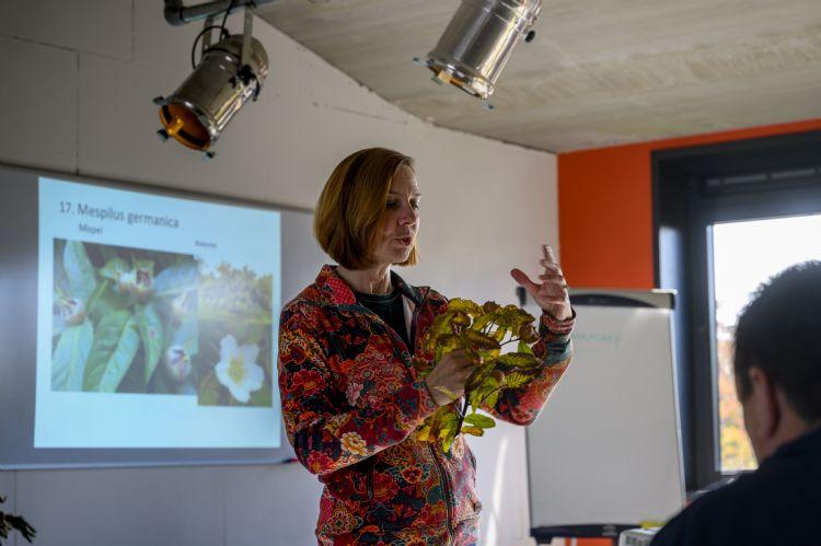 Plantenkennisdocente Ingrid van der Ven