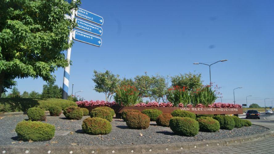 Onwijs Inzending Mooiste Rotonde: Van Sleeuwen Hoveniers JZ-81